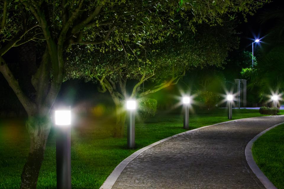 Vialetto illuminato